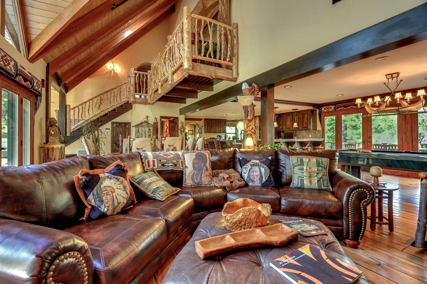 cabin-grand-room